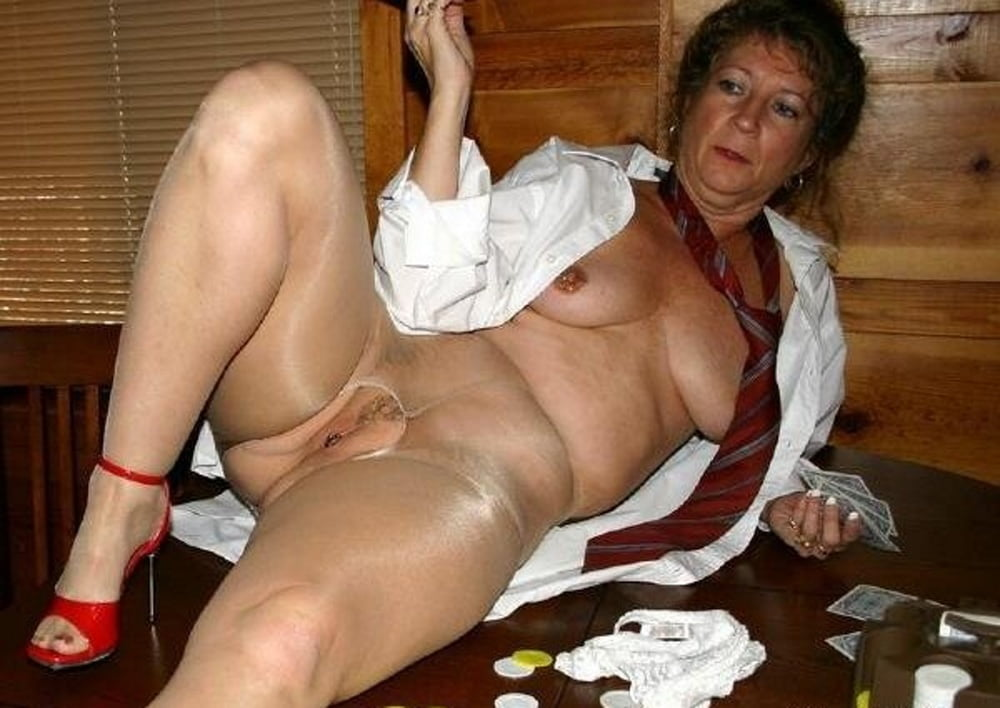 Intercourse wanda mature granny pantyhose sex with squirt her