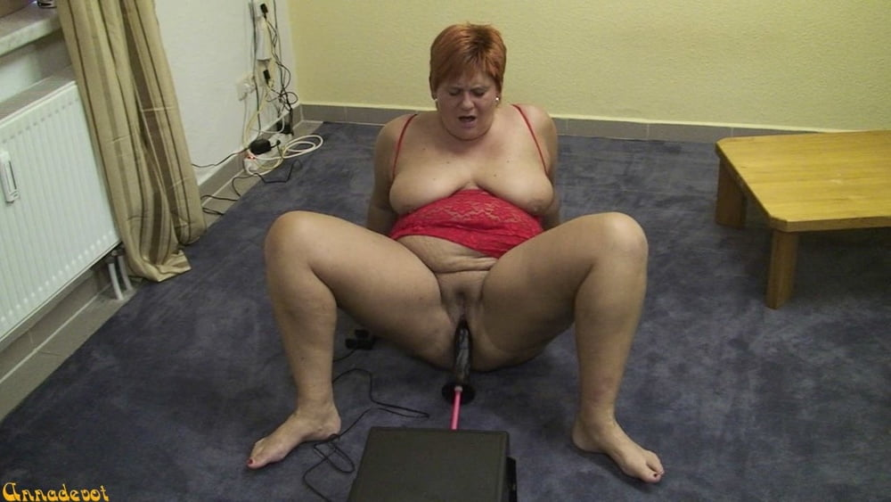 Fucking machine DATE with BLACK COCK