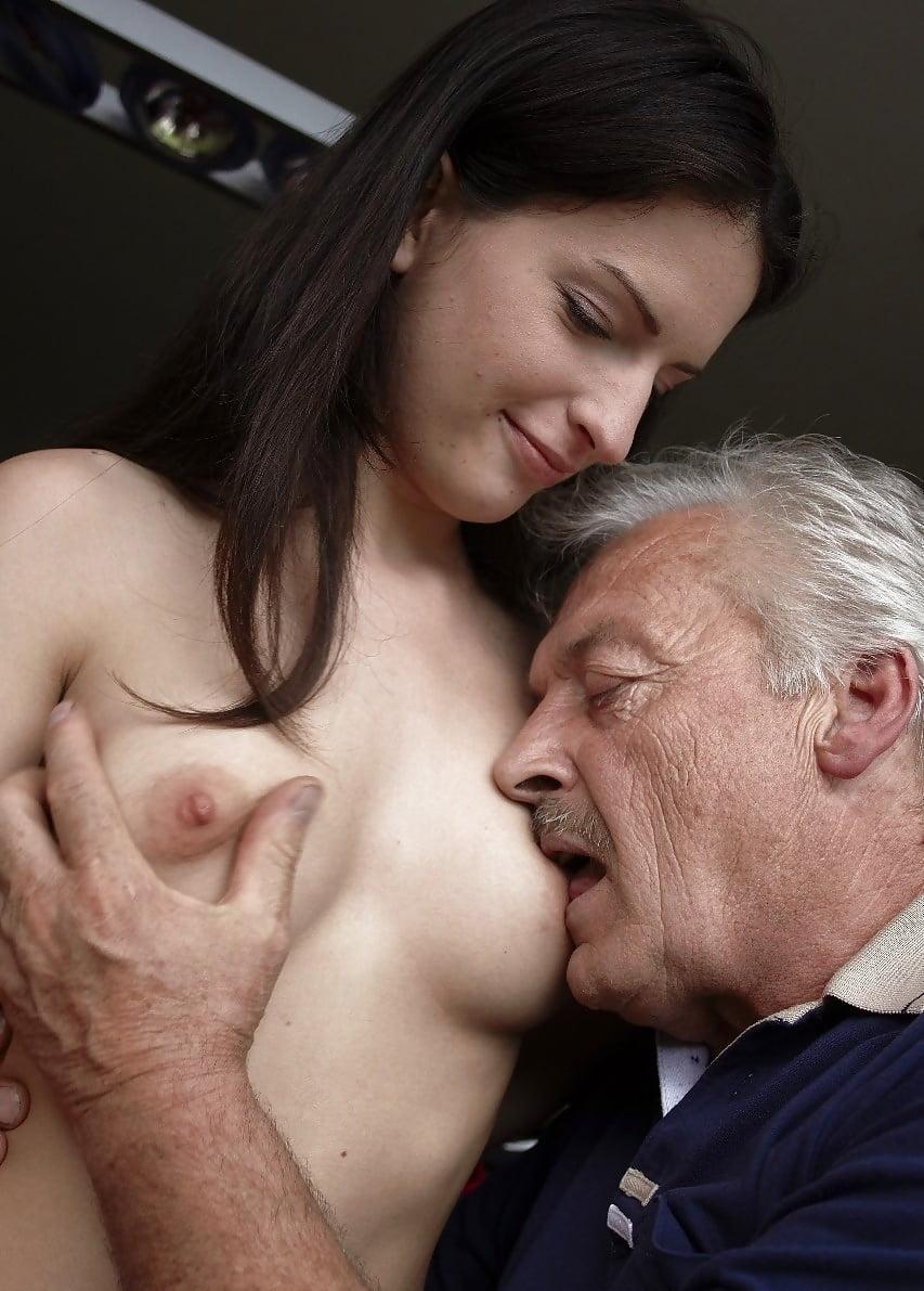 Robach bikini daddy sucking boobs