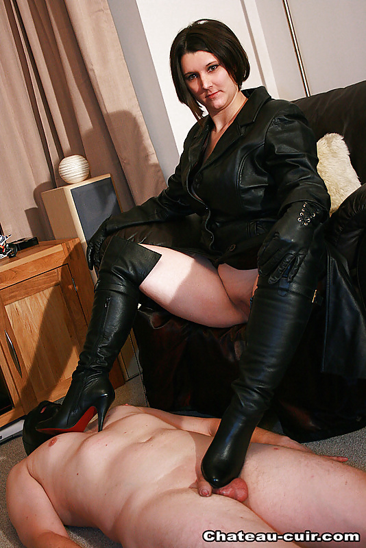 Free leather porn galery