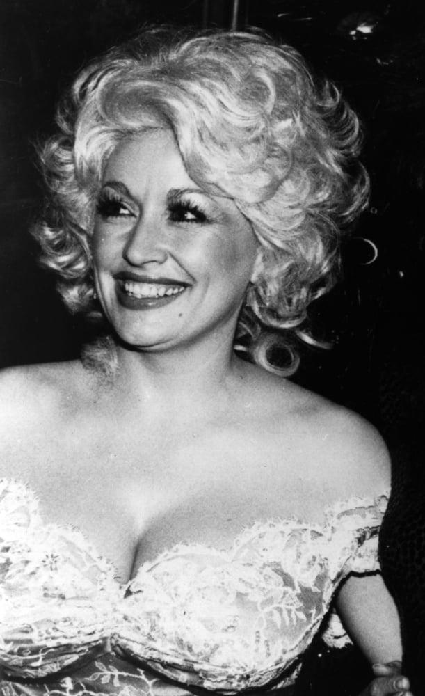 Dolly parton desnuda — pic 8