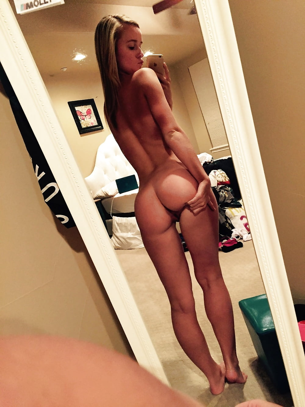 Teen self nudes ass
