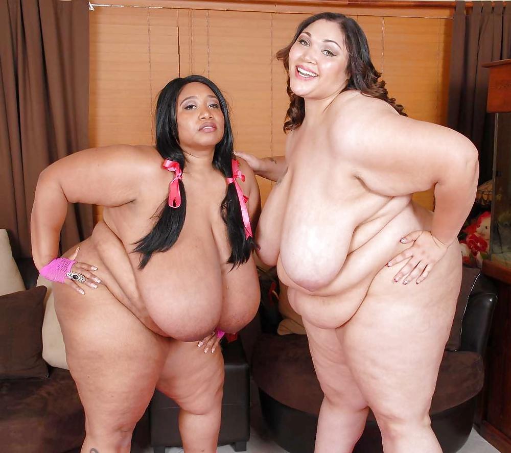 Bbw Lesbian Eating Pussy