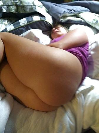 slut mom pics