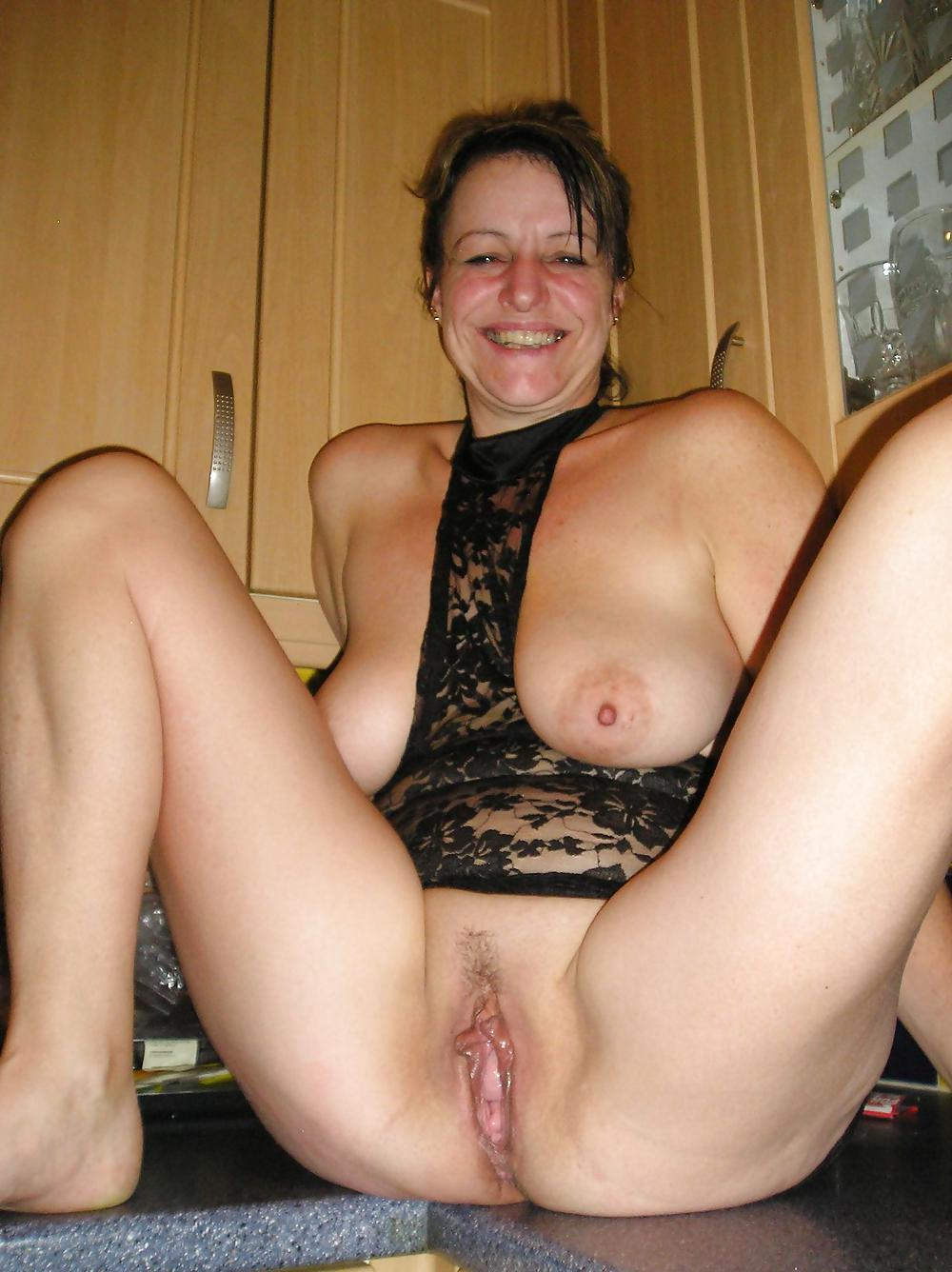 mature-shaved-pussy-amuter-madagascar-nude-women