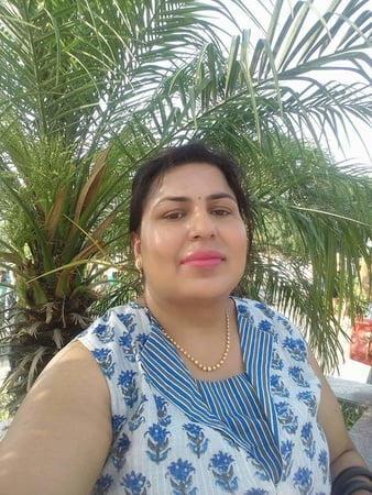 hot bbw pooja exposed her fat and beauty