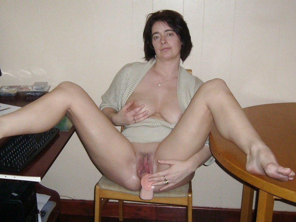 Women Masturbating - 7 - 29 Pics - Xhamstercom-8891