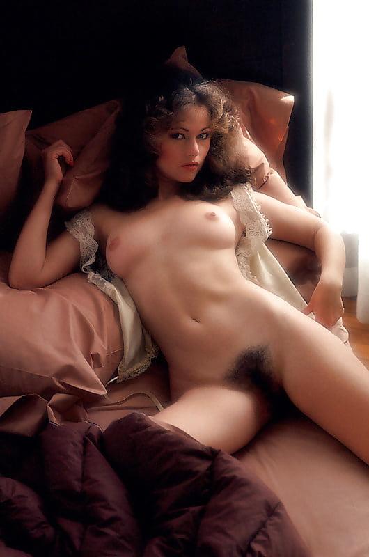 linda-rhys-vaughn-ass-more-sexy-chicks