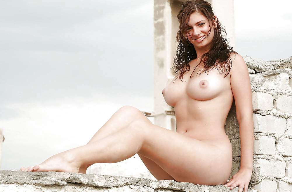 nude-israel-girl