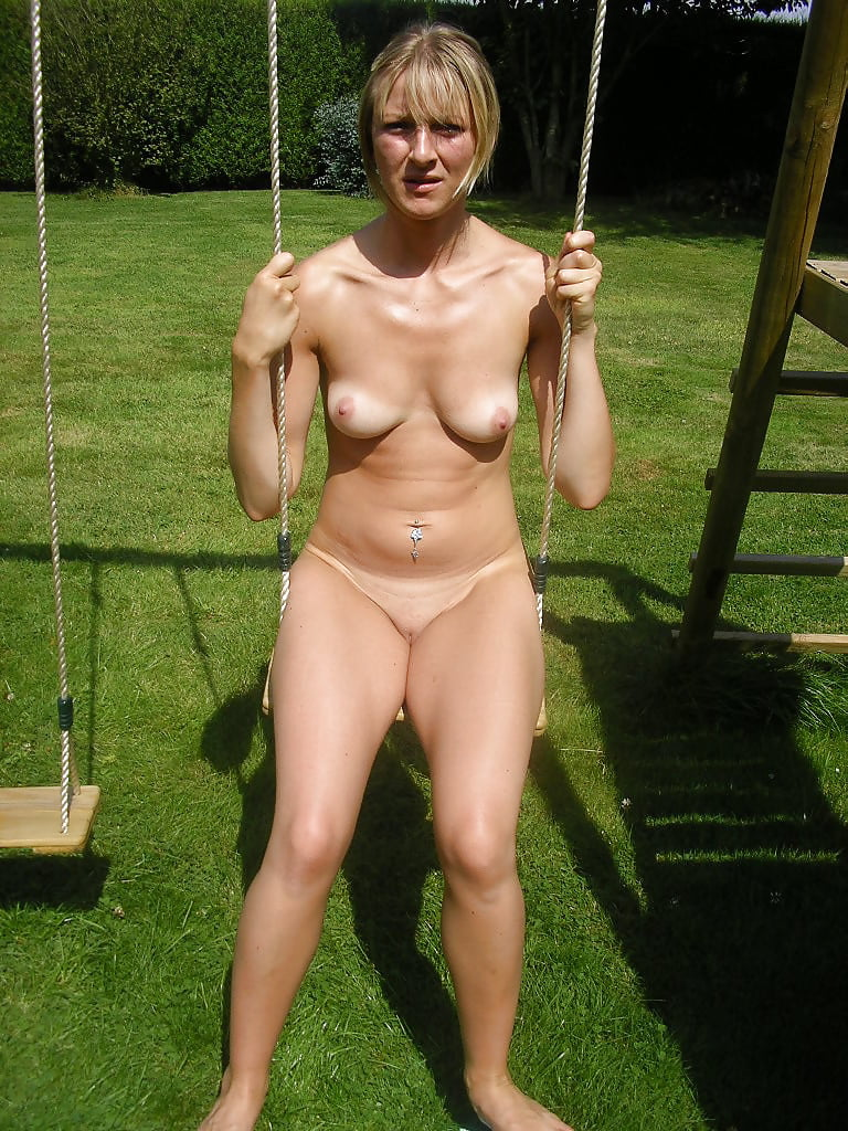 Collection Of Nudsits, Naturist And Milfs - 32 Pics  Xhamster-6160