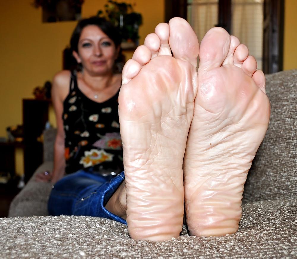 wrinkled soles videos