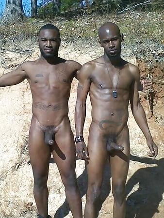 Nackt wald knaben im Gay Ganz
