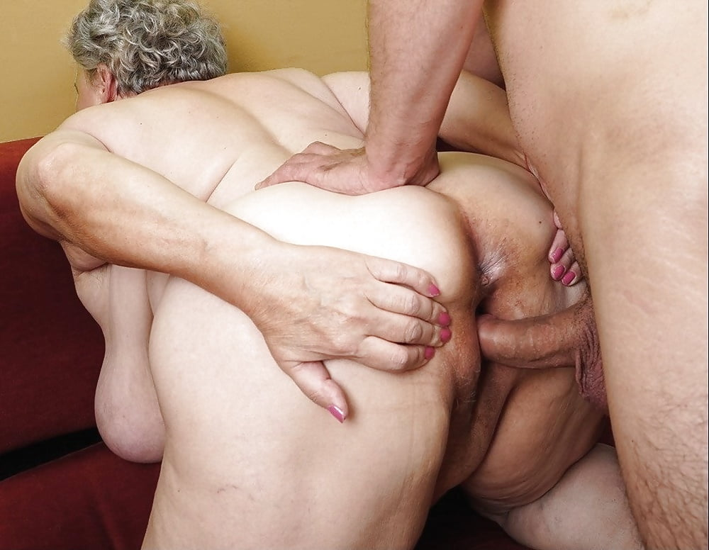 Cougar anal, abuela anal, amateur grandma