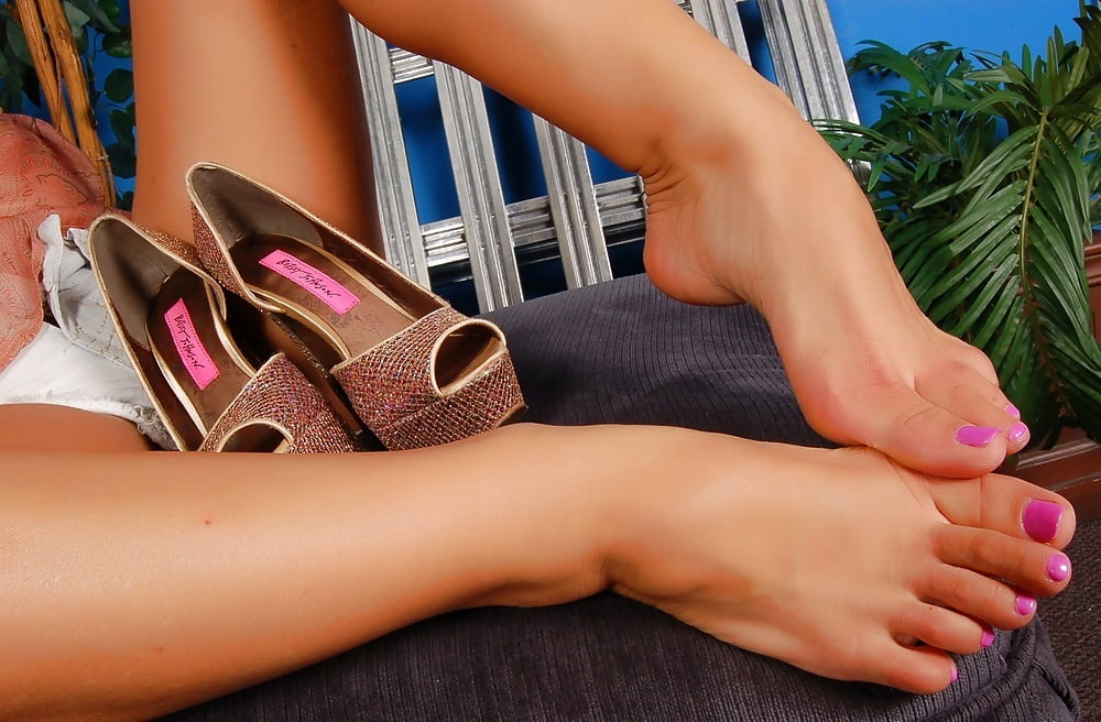 famous-pornstars-feet