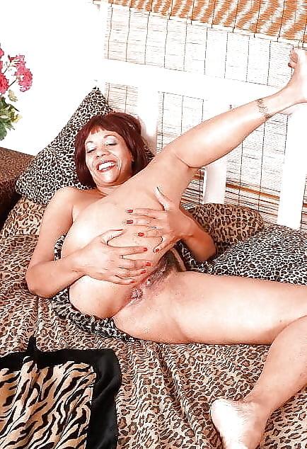 Amateur mature ebony