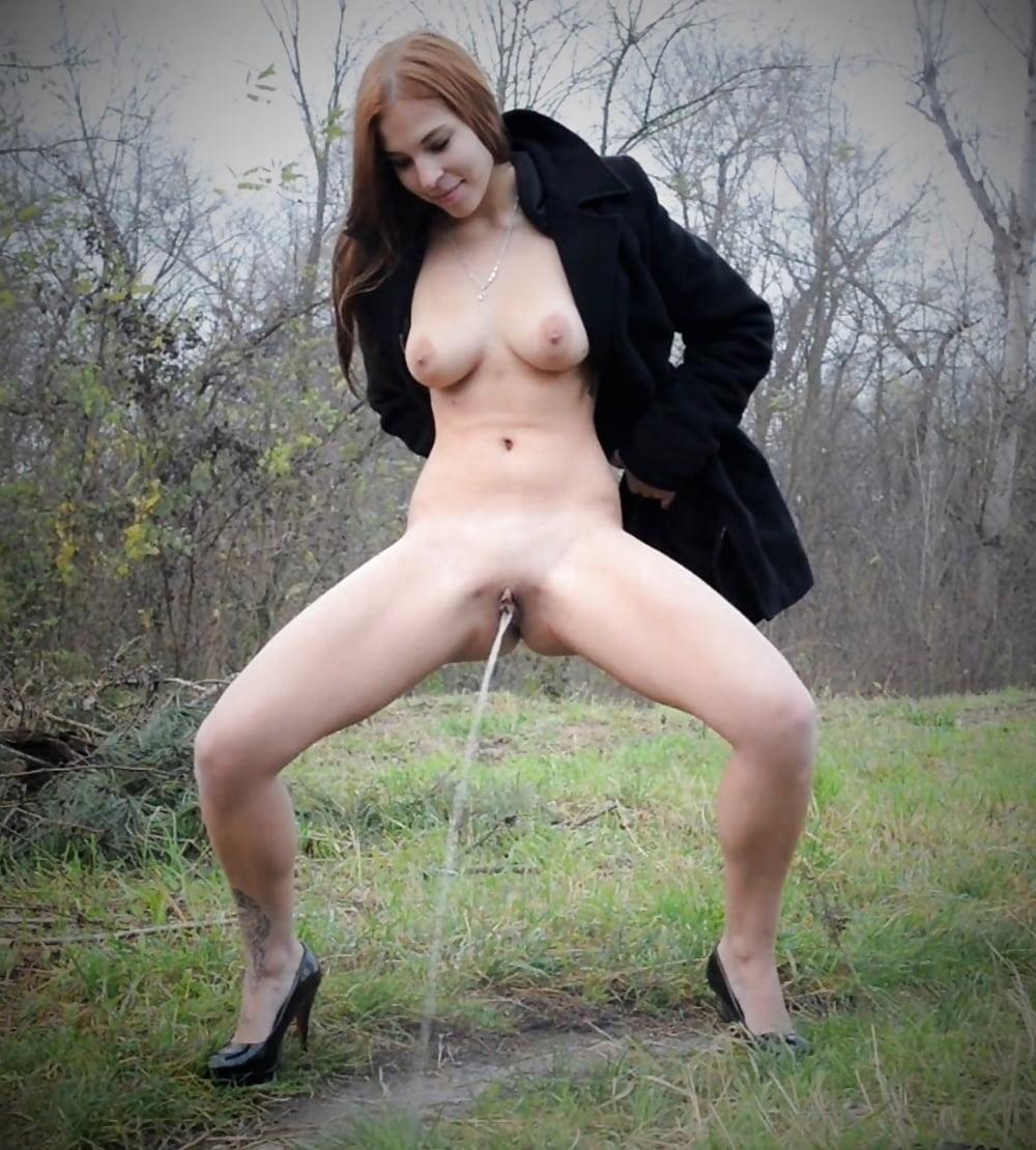 Public pee porn pics
