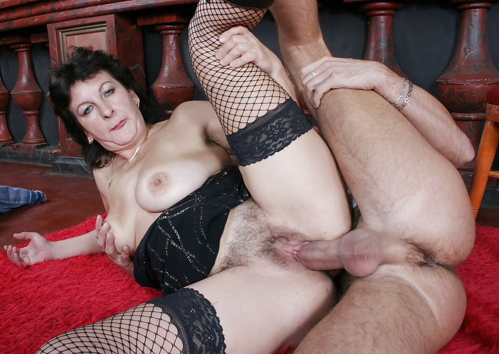 Nasty mature lady gets