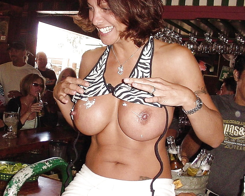 moms-flashing-boobs-party-images-kung-fu-nude