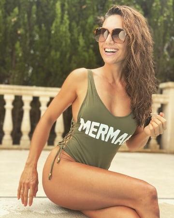 Nazan Eckes Hot