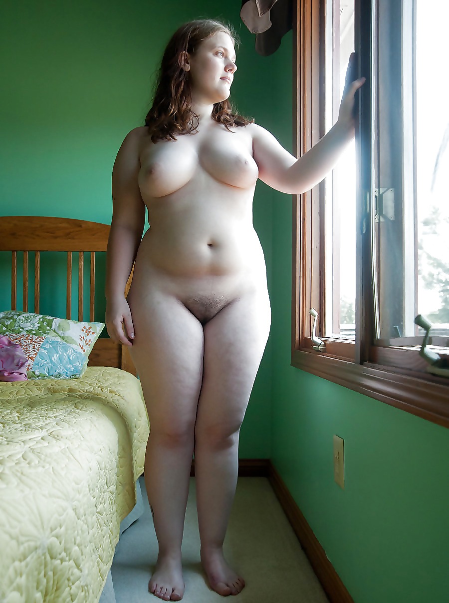 young-curvy-nude-women-naked-big