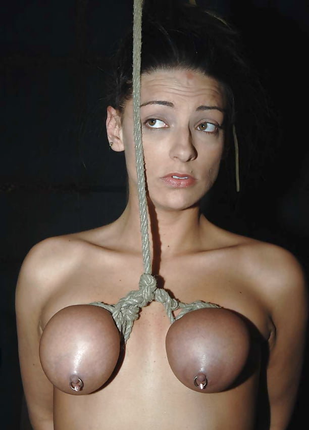 Boobs hanging in face moores pussy