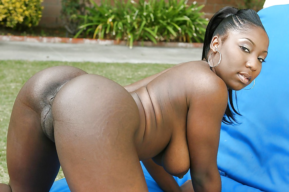 Hot black girls big ass