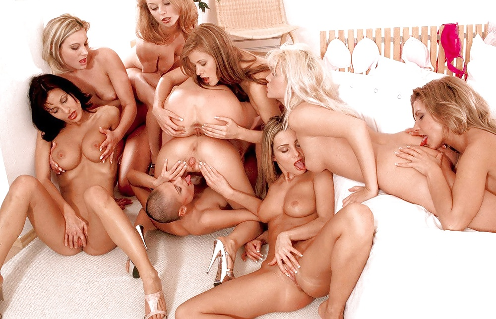 double-licking-lesbian-group-sex-orgies-for