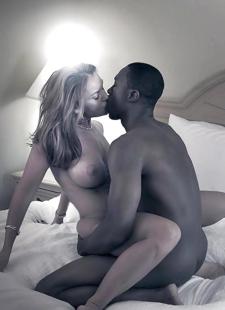 Couple Pics On Hot