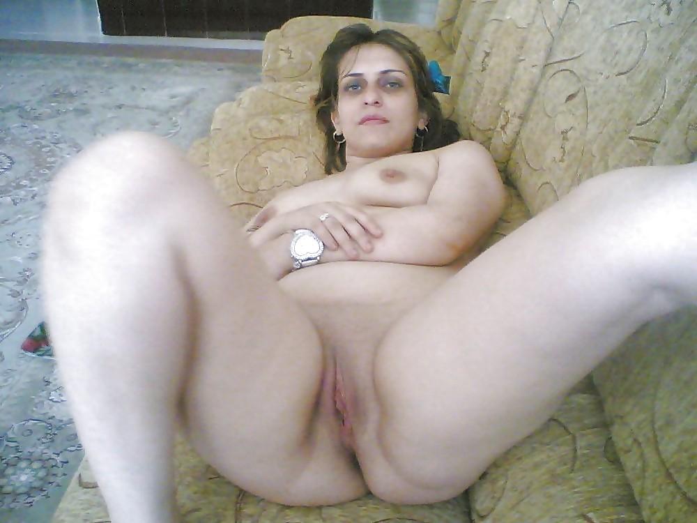 Turkish mature wife nude