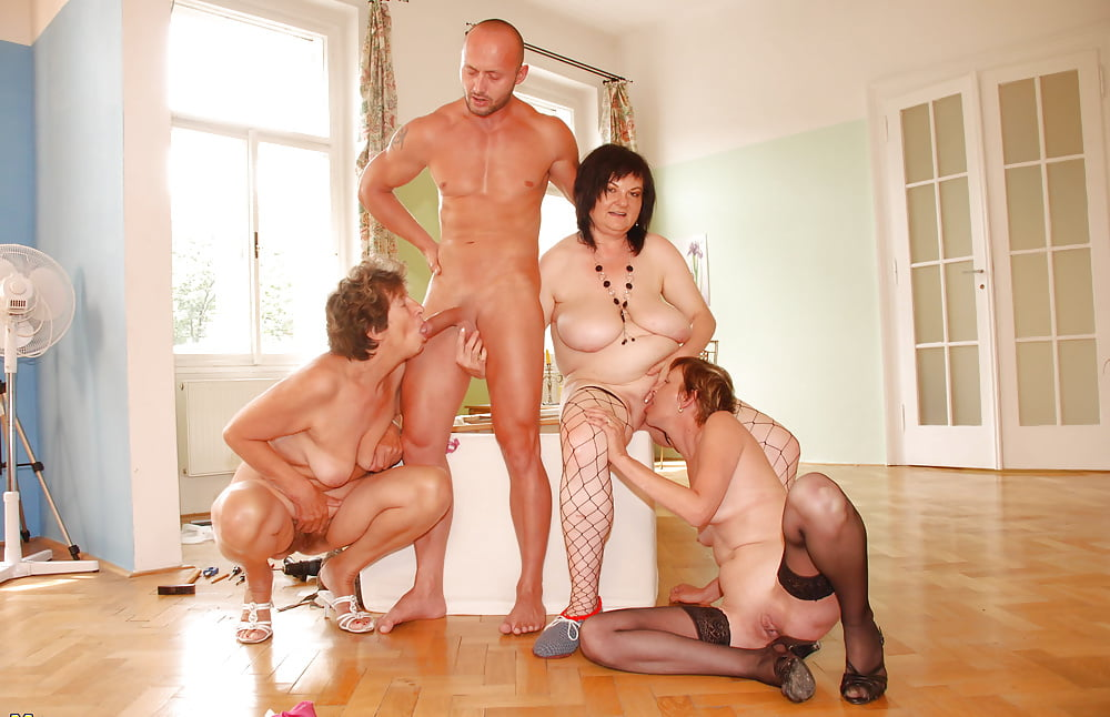 Group sex milf mature home