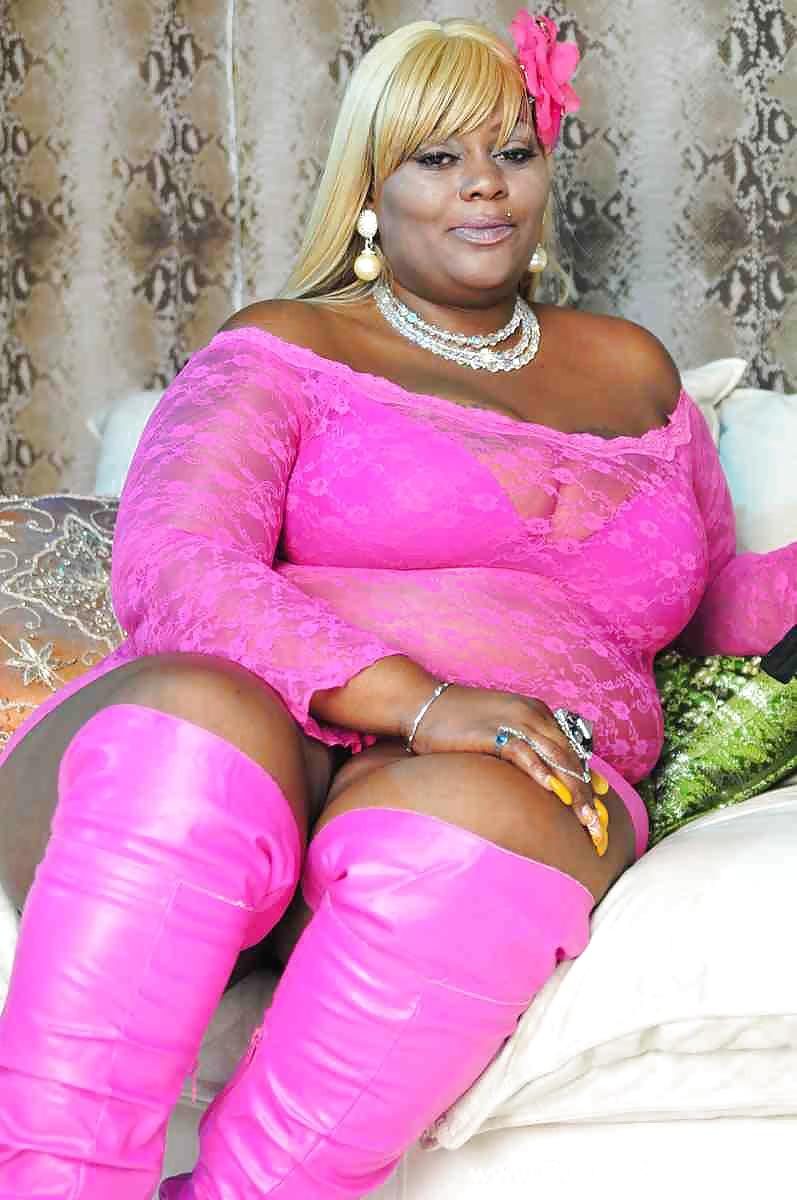 Amateur Ebony Bbw Lesbian