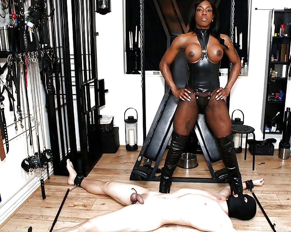 black-femdom-category-gallery-tires-sex-hot-women