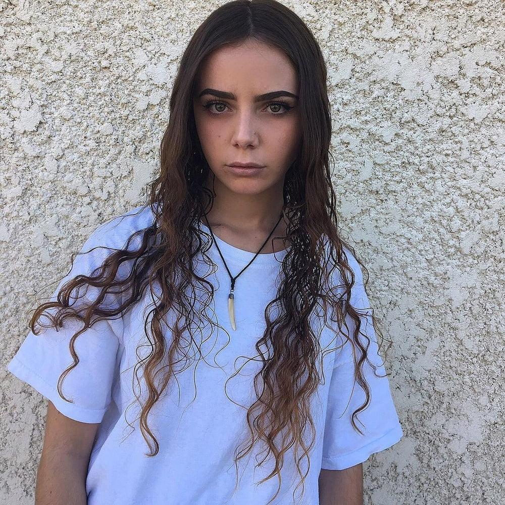 Jessica - 54 Pics