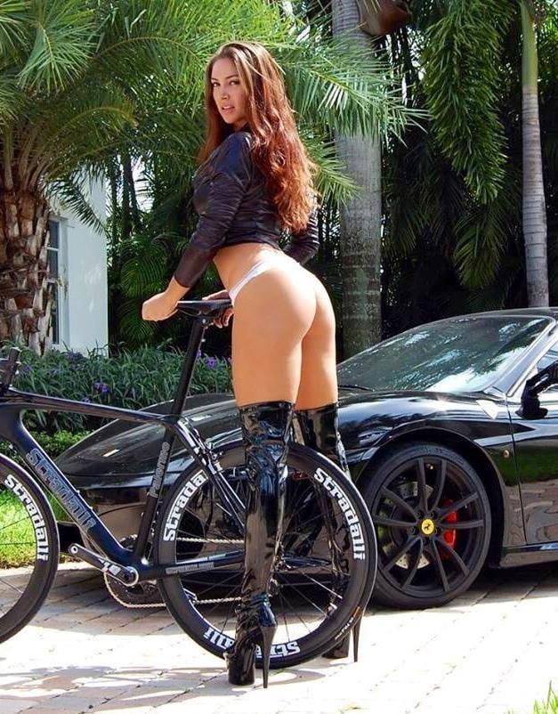 Sexy Women #223 - 100 Pics