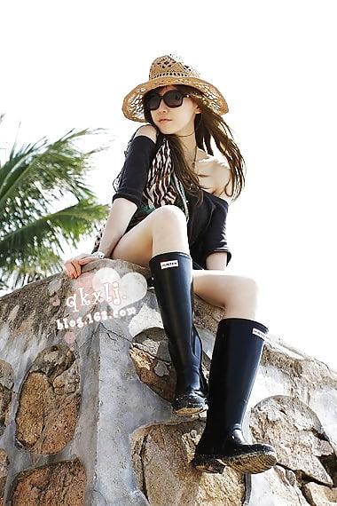 Hunter rain boots with fur-9756