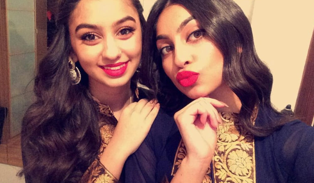 Vollbusiges Indisches Mädchen