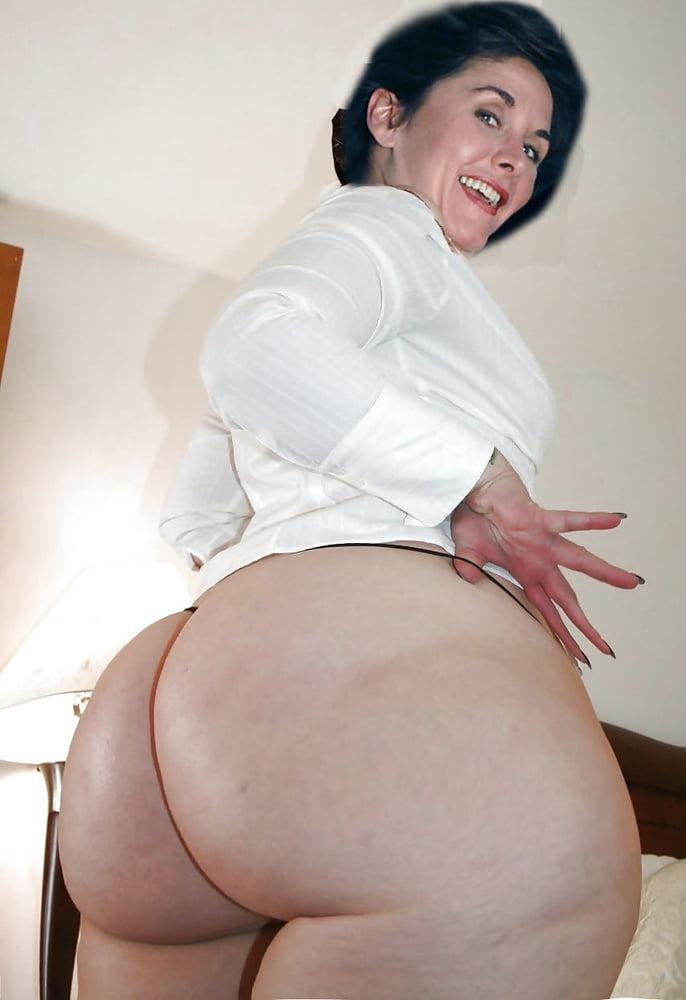 Huge curves matures