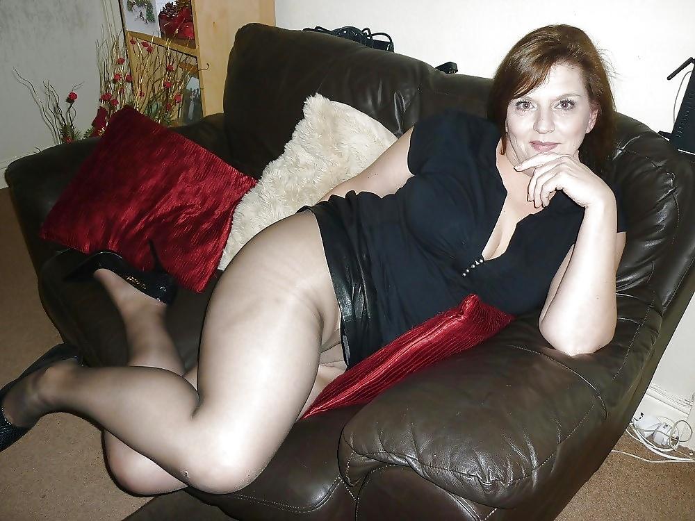 mature-wife-nylon