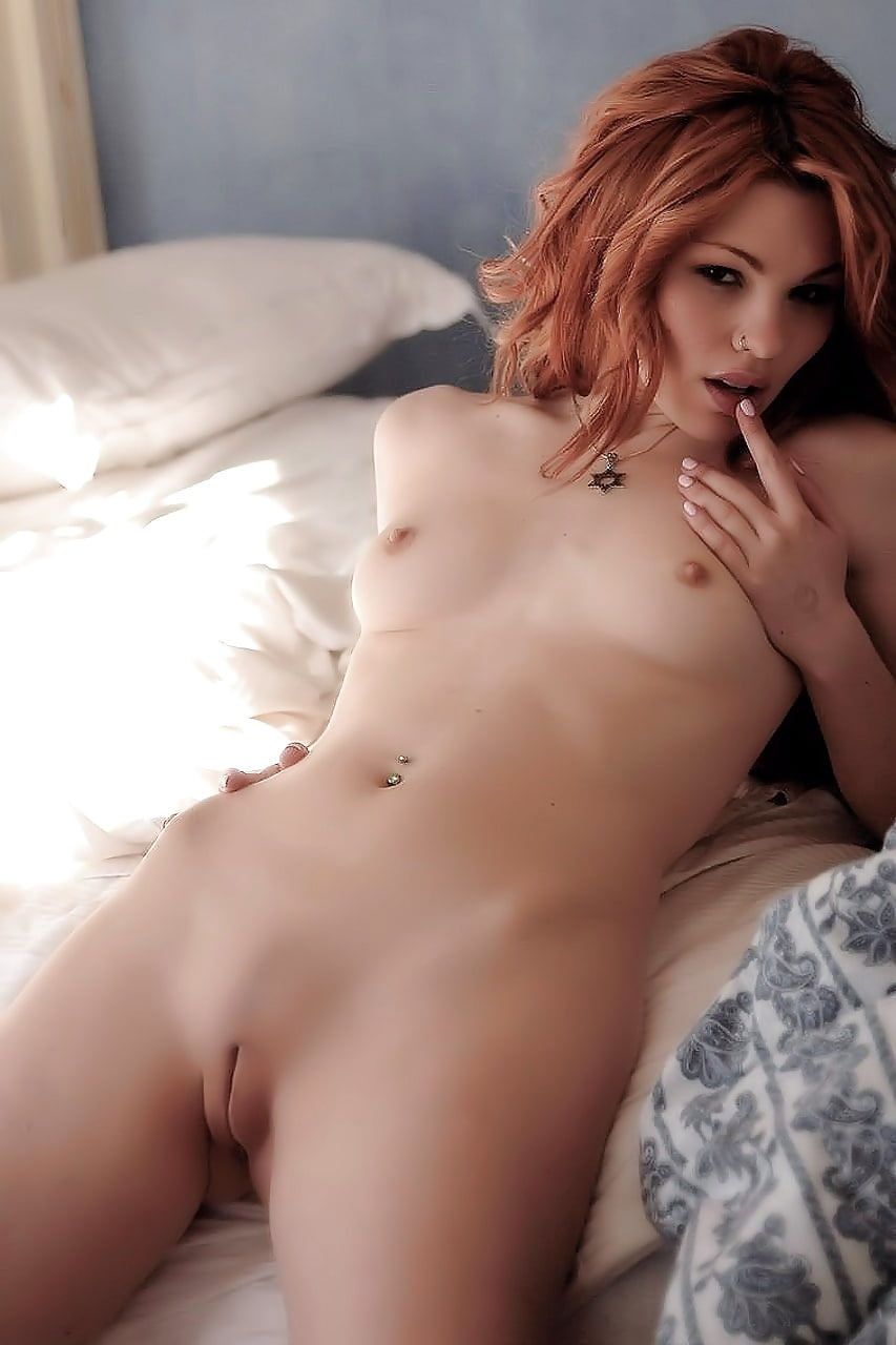 Naked redhead girls tumblr with toys anal