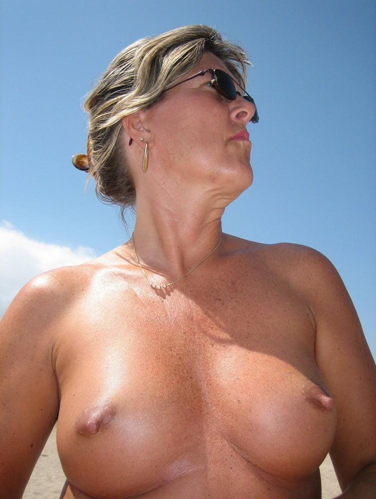 Nipples Side Story - 120 Pics