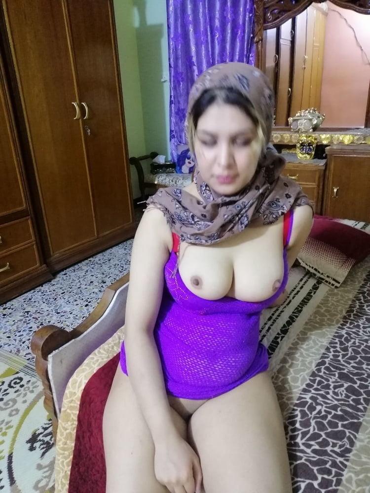Muslim wife- 34 Pics