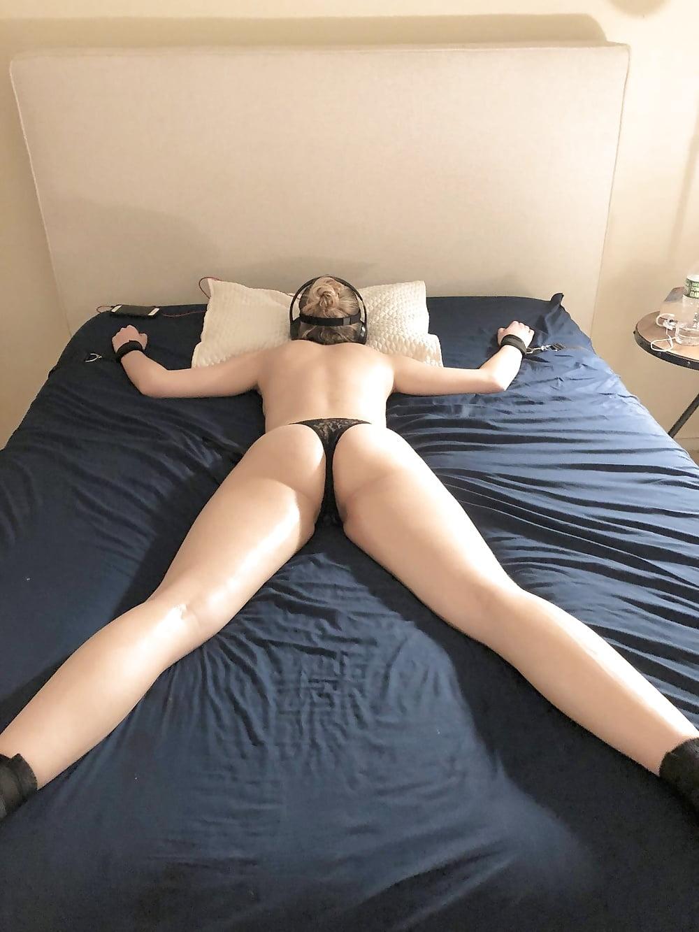 Atado a la foto del sexo