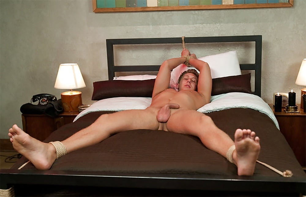 Myfriendsfeet Tommy Defendi Tied Up And Tickled Naked Scallyguy