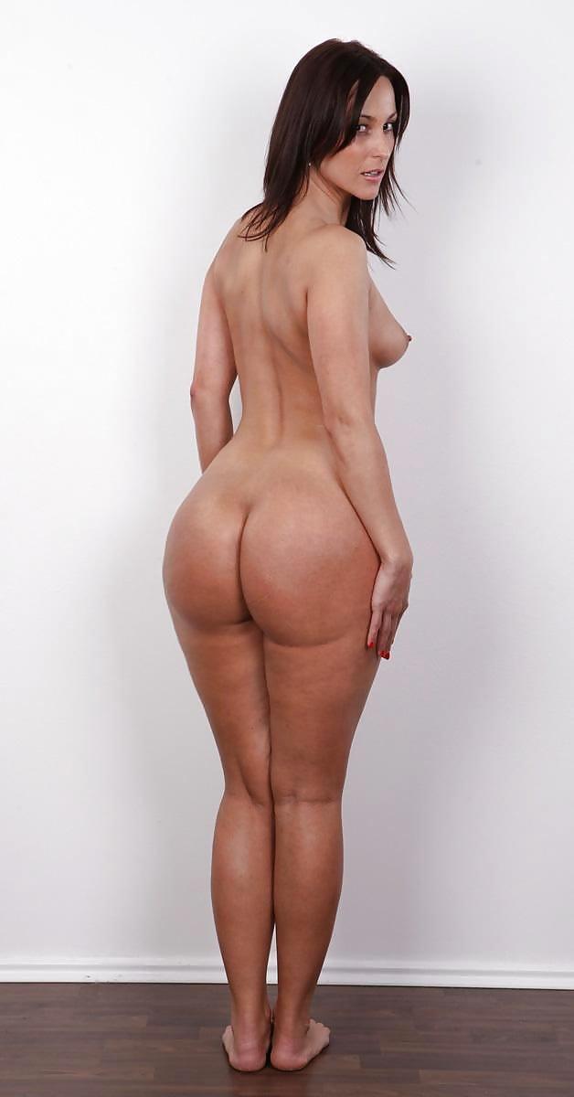 Порно кастинг больших жоп, порно фото губка боб перл