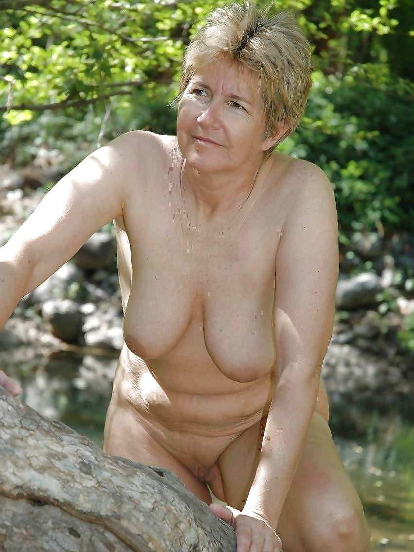 mature-dutch-naked-woman-cosplay-nude