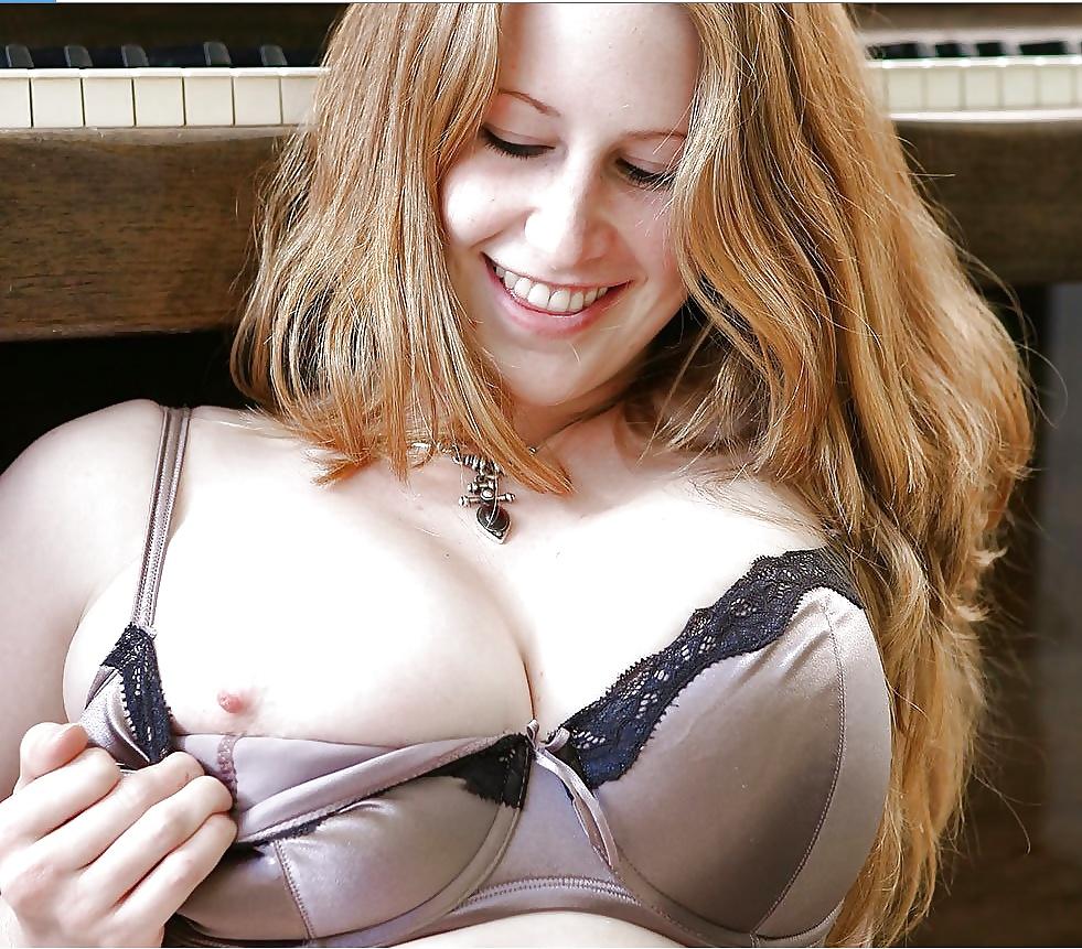 Shirt boobs no bra bounce free porn galery