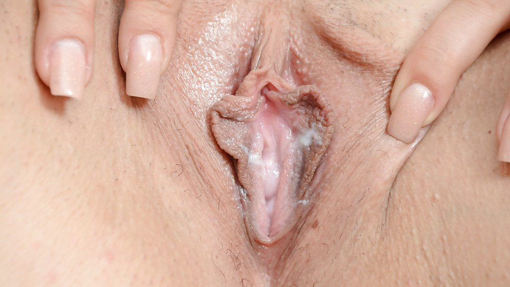 Horny Wet Pussy Hot Cunt Redy For Cock Dick Morning Sex