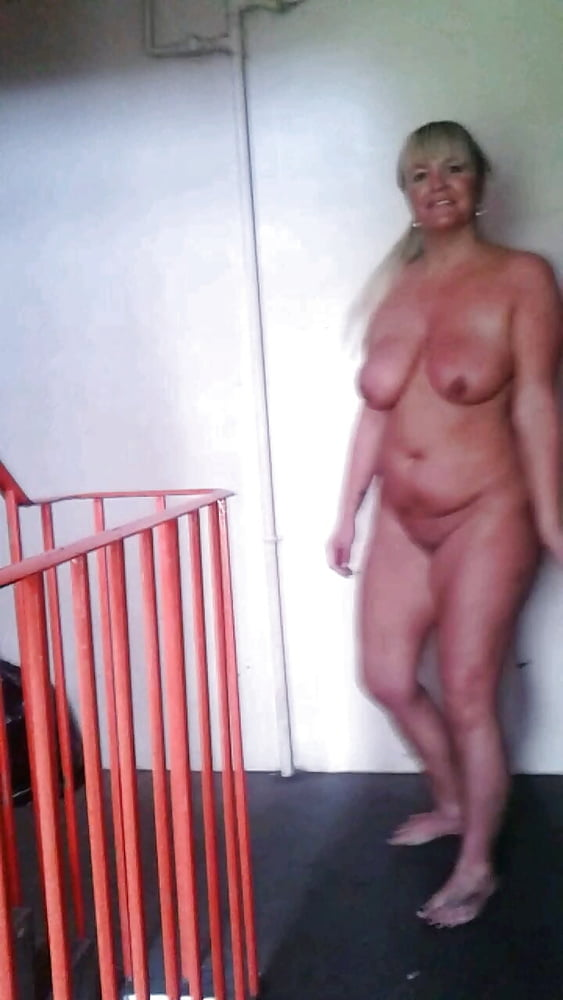 Mistress strapon amateur Online chat with milf