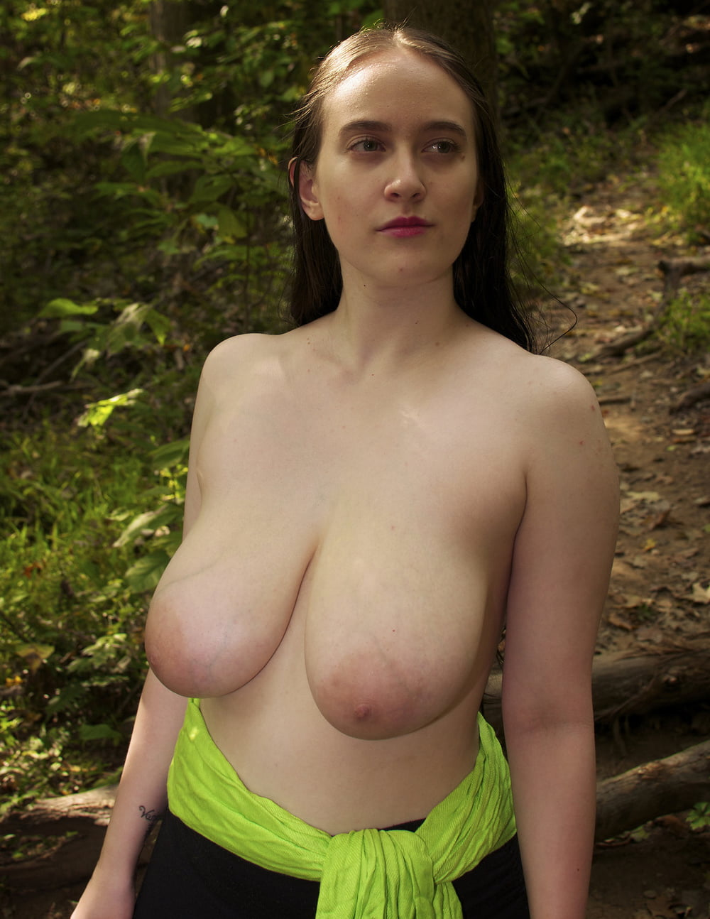 young-pendulous-breasts