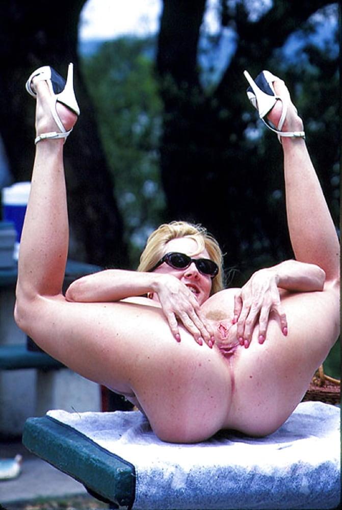 Huge Fake Tits Bimbo At The Lake - 16 Pics  Xhamster-8745